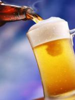 Britain government has permitted pubs to serve smaller beer sizes in public interest
