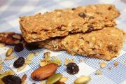 Trail Mix Protein Granola Bars