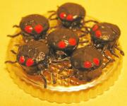 Creepy-Crawly Cupcakes