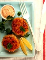Gold Kist Farms Chicken Cakes With Chipotle Mayonnaise