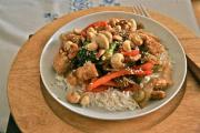 Stir Fry Chicken with Cashews