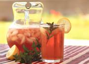 Thirst-Quenching Sparkling Iced Tea