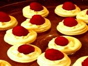 How to make Pavlovas (Mini Meringue cookies)