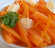 Fresh, thinly sliced carrots