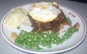 Beef Ring With Mashed Potatoes
