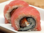 How to Make Sushi - Pretty in Pink Rolls
