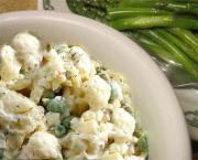Microwave Cauliflower and Peas in Cream Sauce