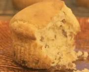 Lemon Flavor Muffin with Pecans