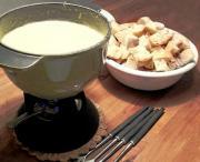 Easy Swiss Cheese Fondue