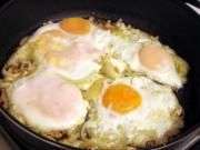 Ghee Tooria Per Eda ( Eggs On Smooth Skinned Gourd )