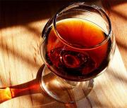Bramble Tip and Sultanas Wine