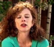 Screw Cap Wines : Lettie Teague
