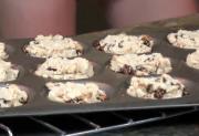 Healthy Vegan Raisin Cashew Cookies