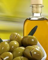 learn about the benefits of olive oil for health and beauty