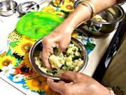 Sindhi Recipes Aloo Paratha Step 3