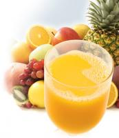 How to make juice from different varieties of fruits while adding herbs for health benefits,