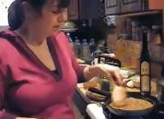 Tasty Chia Seed Vegan Gravy