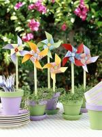Emphasize on decoration while organizing spring theme party
