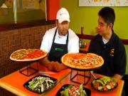 Hawaiian Grown TV - Waipoli Hydroponic Greens - Z Pizza  Review