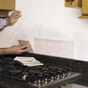 Kitchen backsplash tiling can be done as an easy project