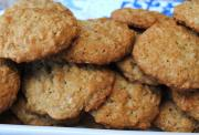 Crunchy Coconut Cookies