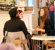 Jessica Biel catches up with pals at NYC Bakeshop