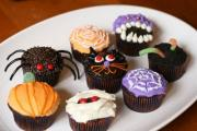 Top 5 Halloween Cupcake Decorating Ideas - The Spooky Cupcake Collection