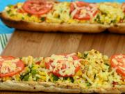 Stuffed Corn and Paneer Footlong