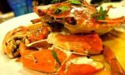 Delicious steamed crab