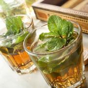Lose unwanted fat from your body with mint tea