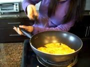 Besan Puda / Indian Chickpea Flour Pancakes