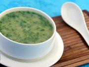 Moong Dal and Spinach Soup (Zero Oil)