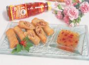 Spring roll served with sauces