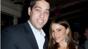 Sofia Vergara Nick Loeb share chocolate
