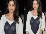 Parineeti Chopras Wardrobe Malfunction