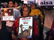 699084 Indians Protests After Mass Sterilization Deaths