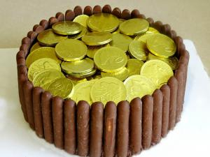 Easy Pot Of Gold Cake