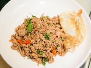 Minced Pork Thai Basil With Fried Egg Recipe