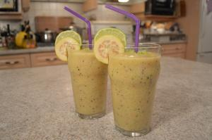 How To Make Guava Goldenberry And Granadilla Smoothies 1015382 By Cookingwithkimberly
