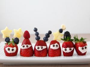 Strawberry Aliens 2