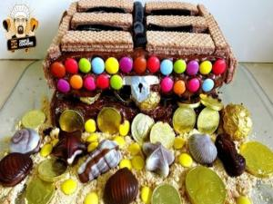 Pirate Treasure Chest Cake