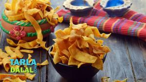 Ribbon Sev Diwali Dry Snack By Tarla Dalal 1018676 By Tarladalal