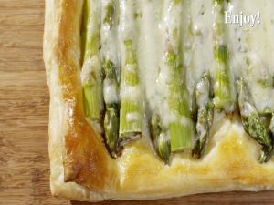 How To Make Asparagus Gruyere Tart Recipe