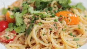 How To Make Crab Pasta 1005888 By Videojug