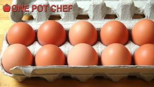 Quick Tips Testing Eggs For Freshness 1019432 By Onepotchefshow