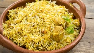 Aloo Biryani Recipe Easy Restaurant Style Dum Aloo Biryani Indian Main Course 1018622 By Cookingshooking