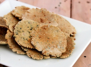 Jowar Onion Puri Diabetic Snack