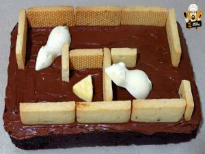 How To Make A Mouse Maze Cake