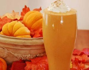 Protein Packed Pumpkin Peanut Butter Smoothie