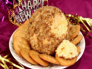 Hot And Spicy Cheese Ball